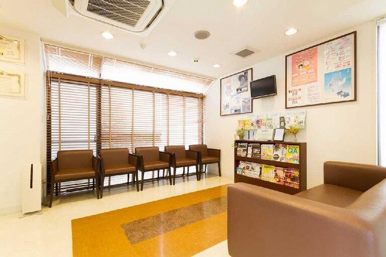 博多区かさい歯科待合室